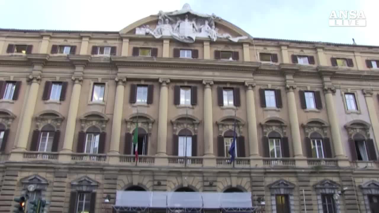 Governo torna su privatizzazioni in autunno for Scadenza versamenti unico 2017