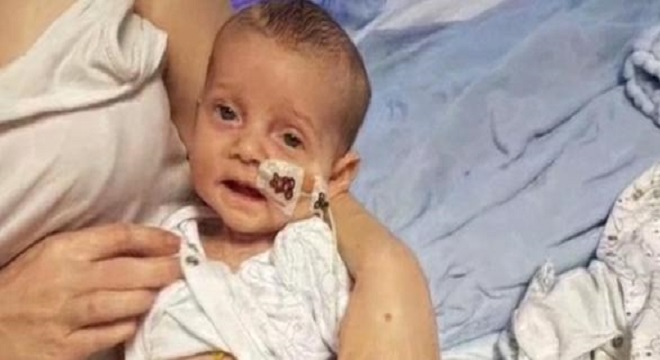 Video: Charlie Gard è incurabile: medici inglesi pronti a staccare la spina