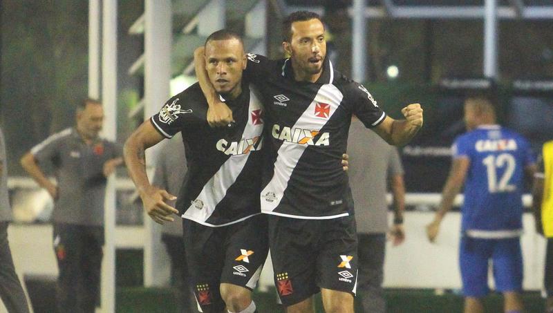 Sem Luis Fabiano, números ofensivos do Vasco preocupam