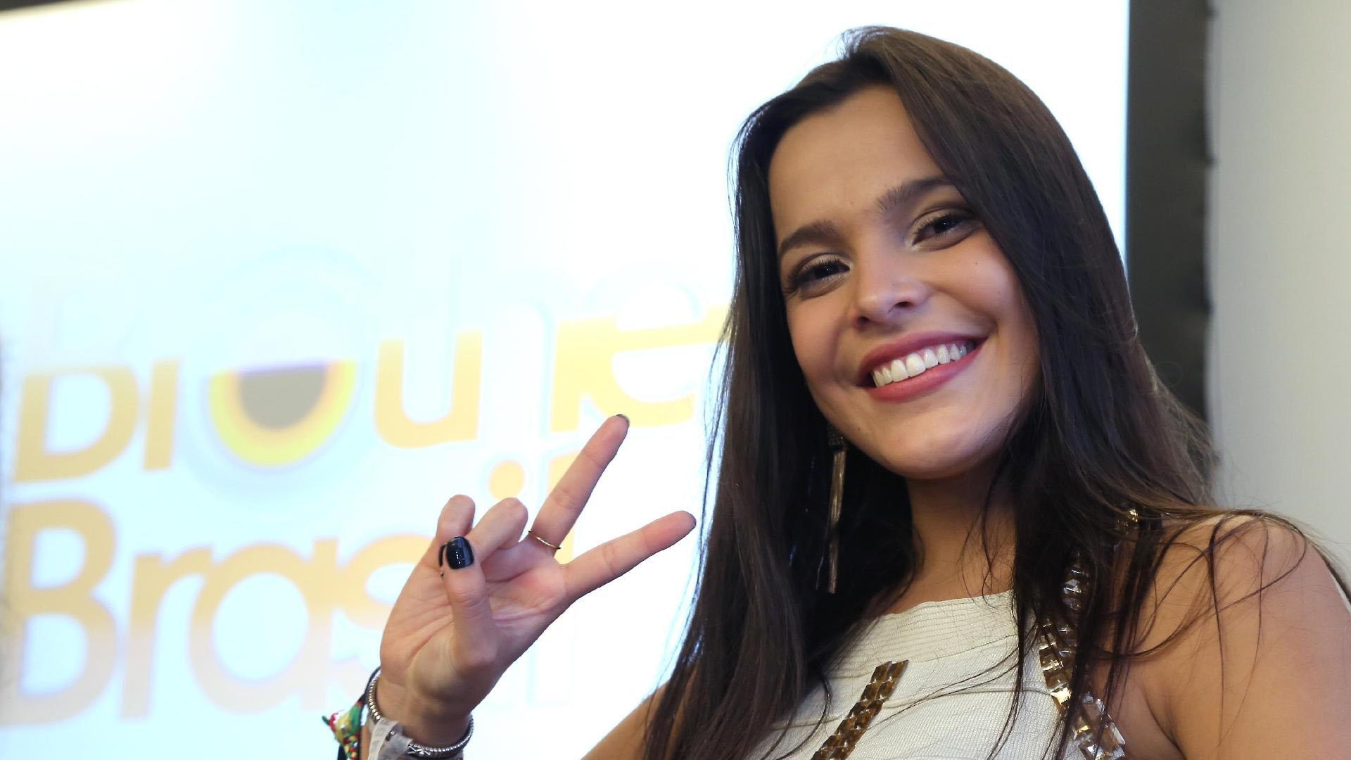 Emilly Araújo vai com sede ao pote, é reprovada e pode ser demitida da Globo