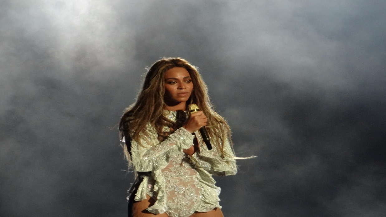 ee3a60cb6 Irmã de Beyoncé deixa Twitter após polêmica racista; entenda