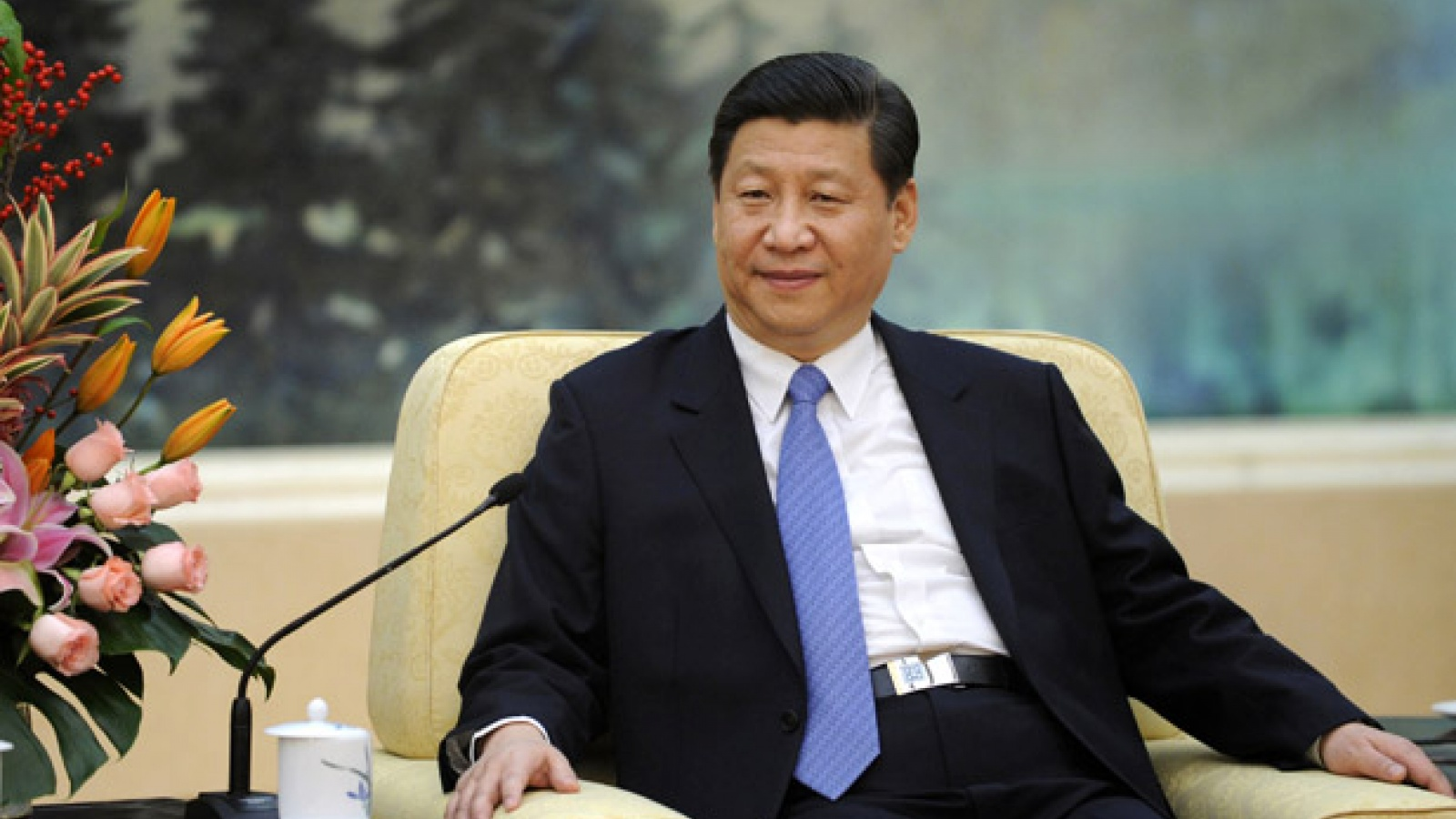 Le président chinois Xi Jinping, aussi puissant que Mao