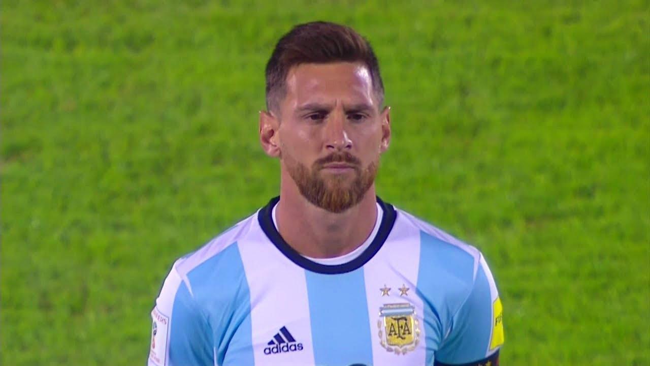 La mala seguridad del estadio del Olympiacos casi puso en peligro a Messi