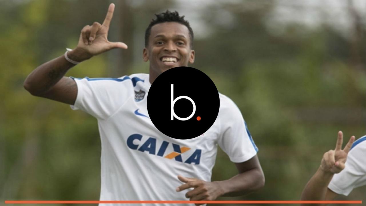 Jô pode desfalcar o Corinthians na reta final do Brasileirão