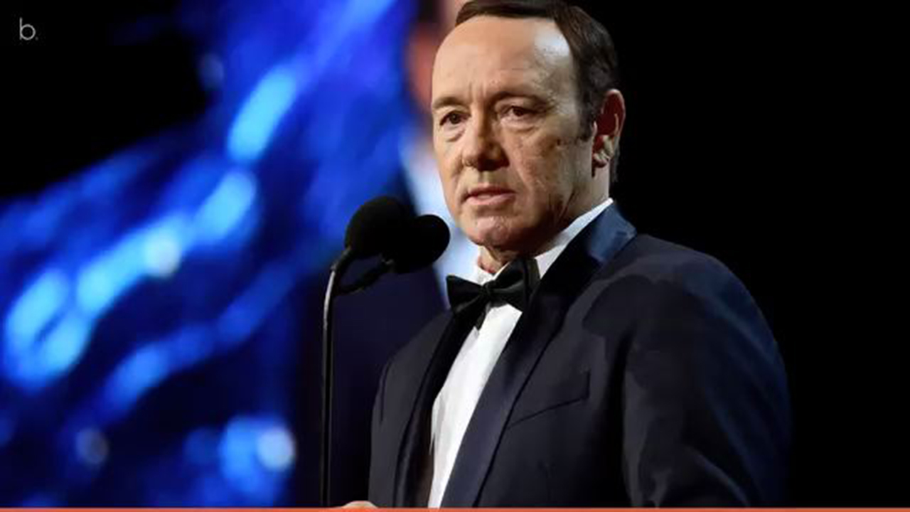 Accusations of sexual harassment against Kevin Spacey end 'House of Cards' run