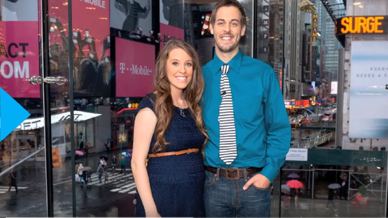 Jill Duggar's sick son hides from his mother