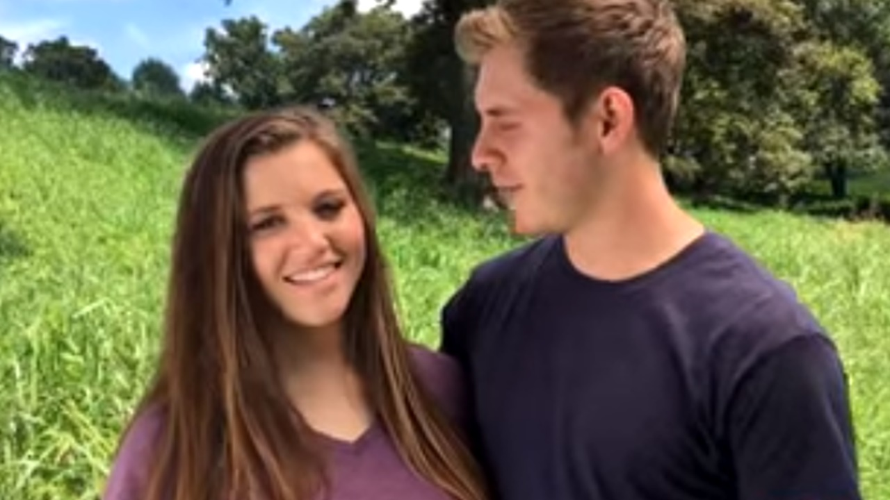 'Counting On' fans worry about Duggar pregnancies and other scandals