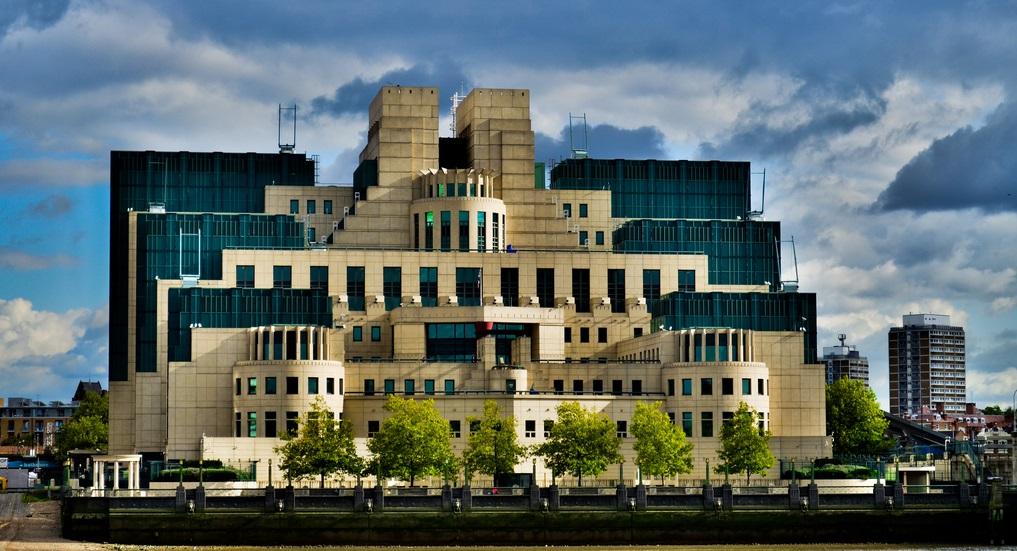 Le MI6 recrute : espion ça vous dit ?
