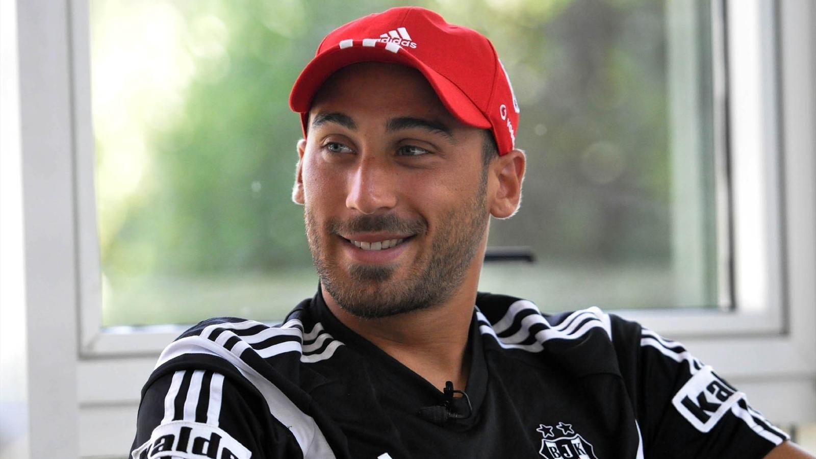 Cenk Tosun dans le viseur de la Juventus, mais pas seulement...