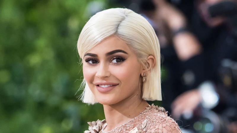 Vídeo: Kylie Jenner está odiando seu estado atual por esse incrível motivo.