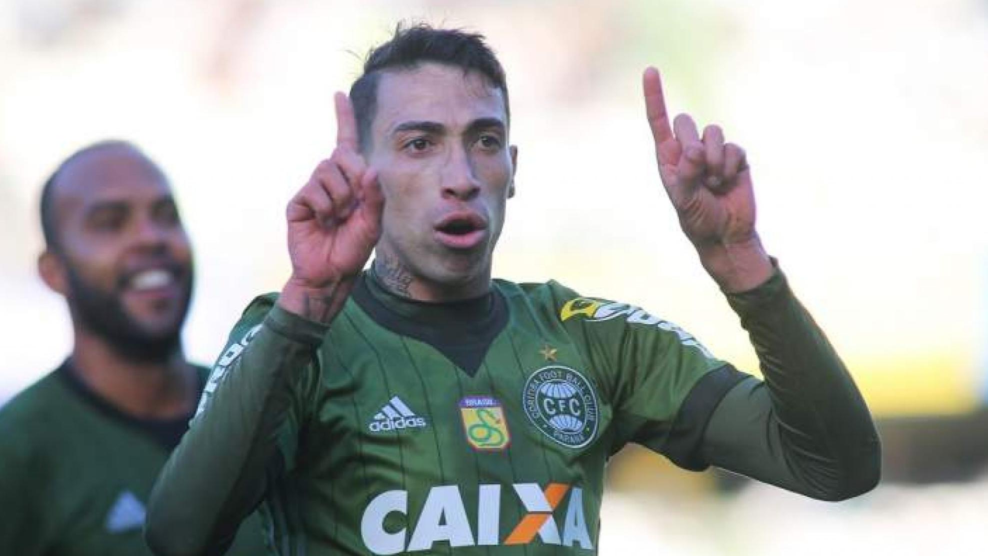 Vídeo: ex-Timão perto de acerto para jogar Liberta