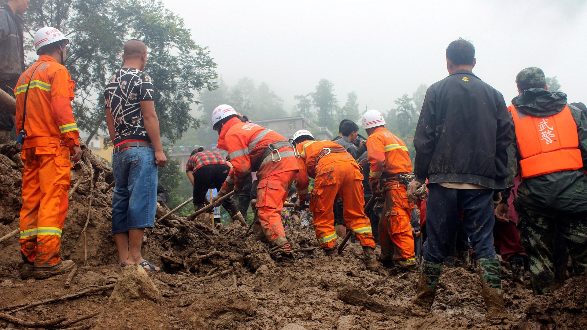 26 muertos en los deslizamientos de tierra de Biliran después de Urduja
