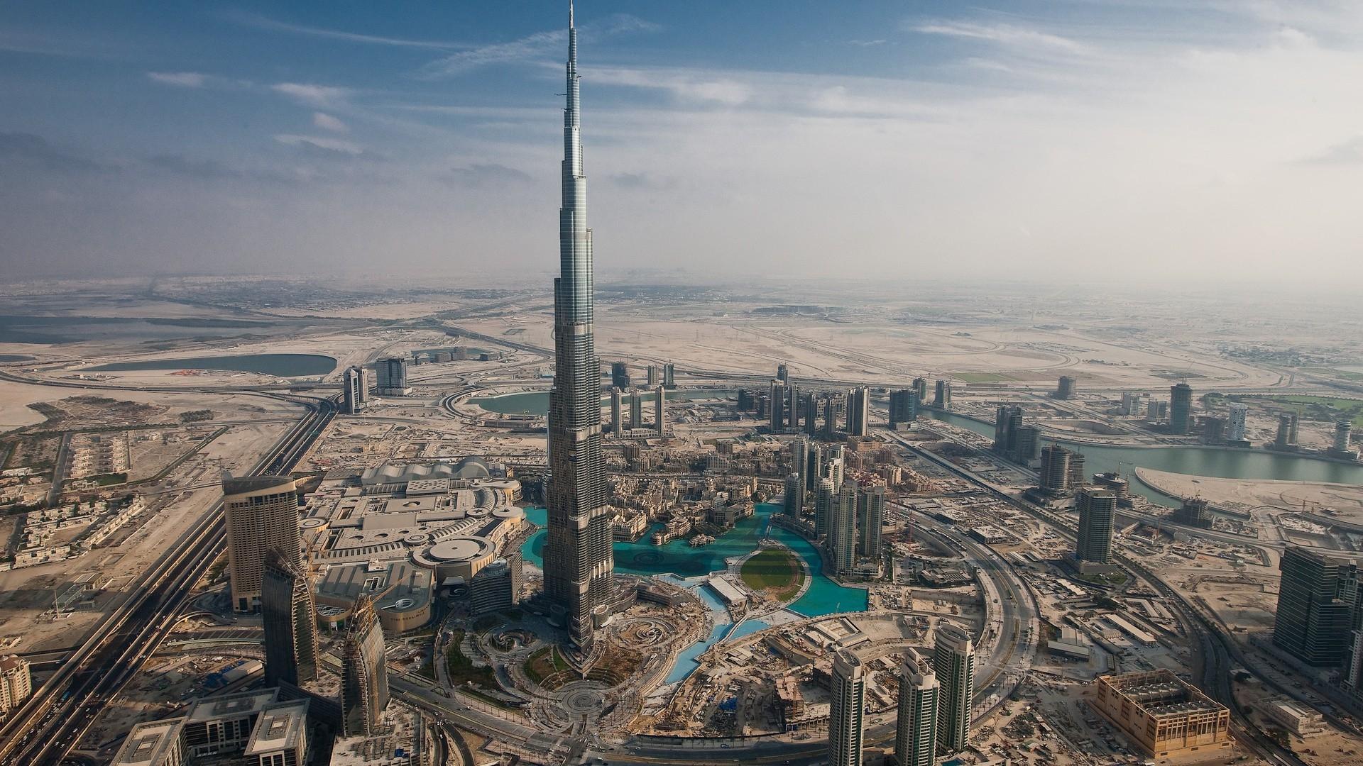 Los estados del Golfo se despiden de la reputación libre de impuestos