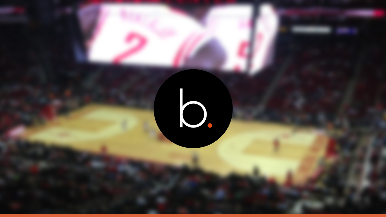 Lakers snap Rockets 14 game winning streak 122-116