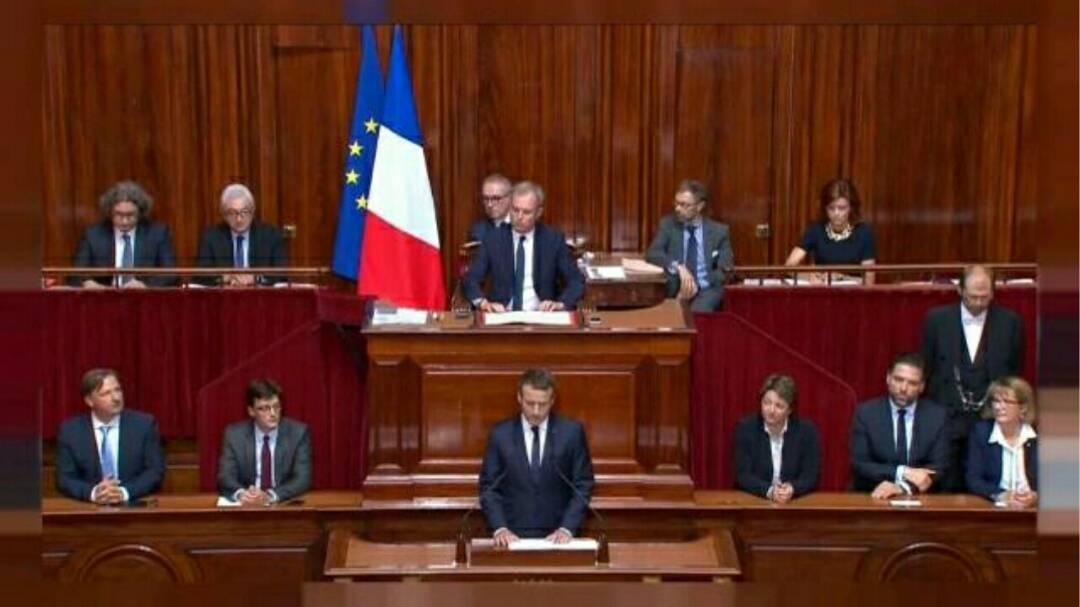 Réforme constitutionnelle : Comment Macron prépare-t-il le terrain ?