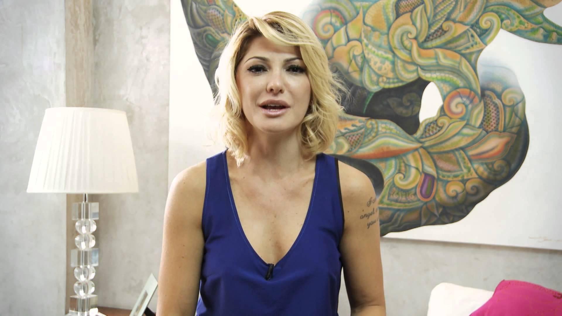 Vídeo: Antônia Fontenelle e Lívia Andrade batem boca no Instagram