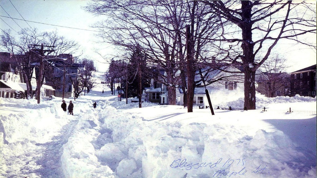3 Shortcuts That Save Time When Shoveling Snow
