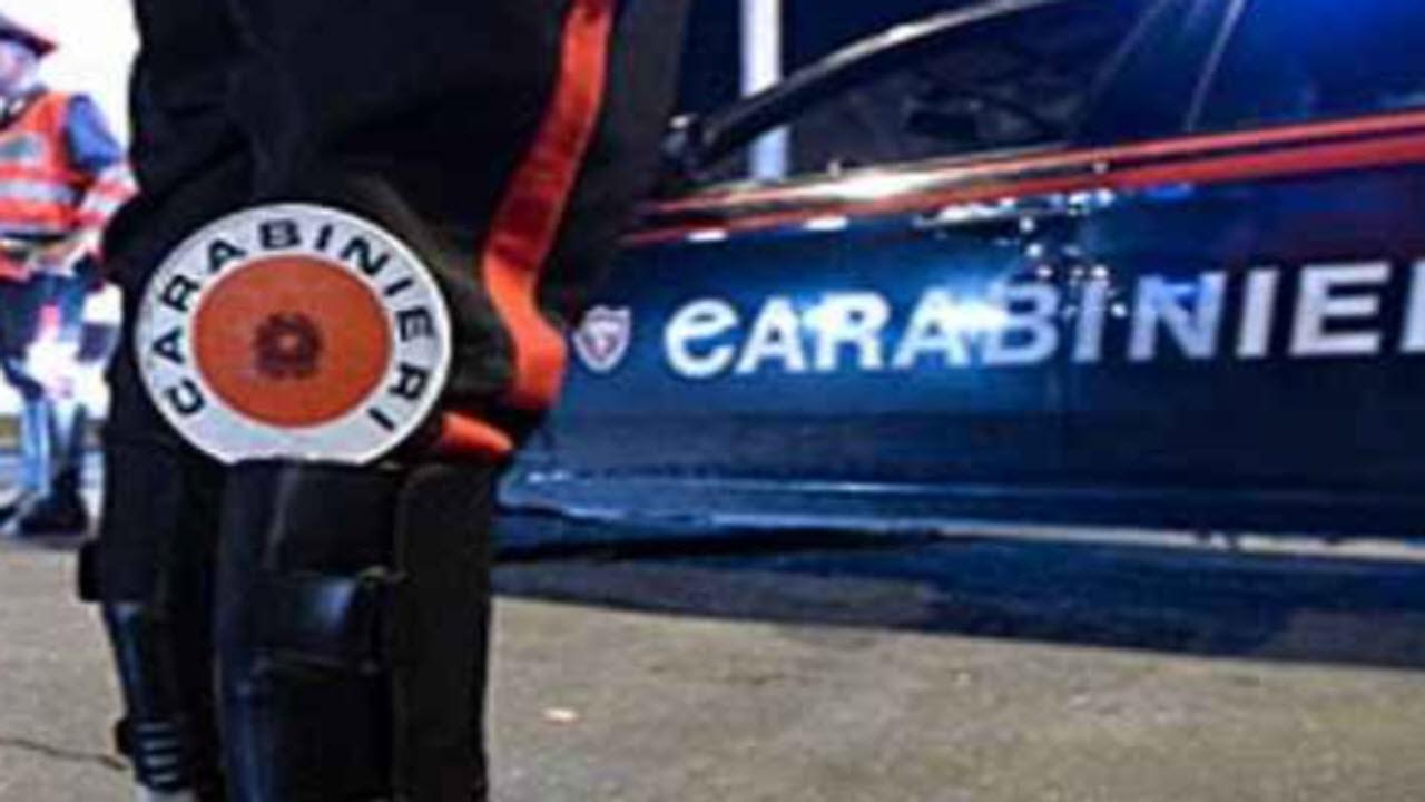 Cesa: perquisizioni a casa del sindaco e di una consigliera comunale