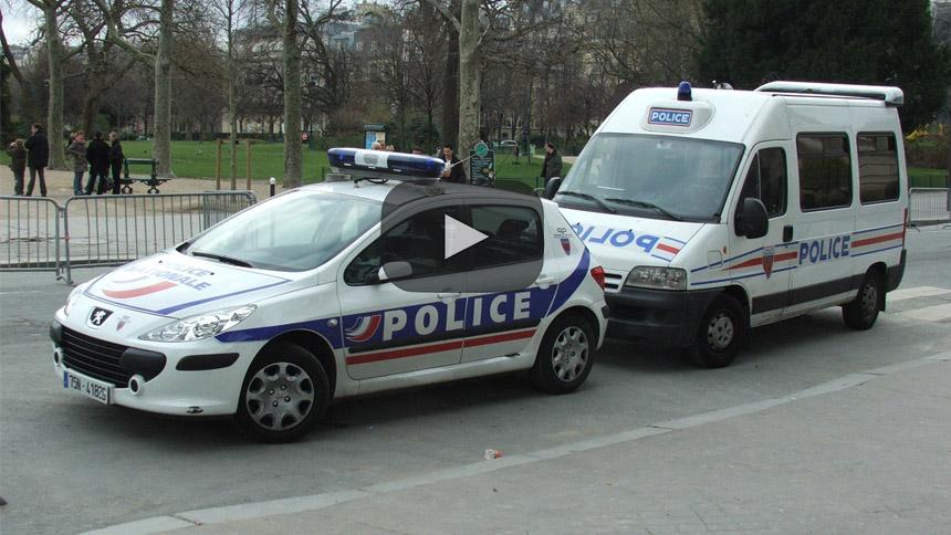 Guardias en huelga bloquean 129 cárceles en Francia