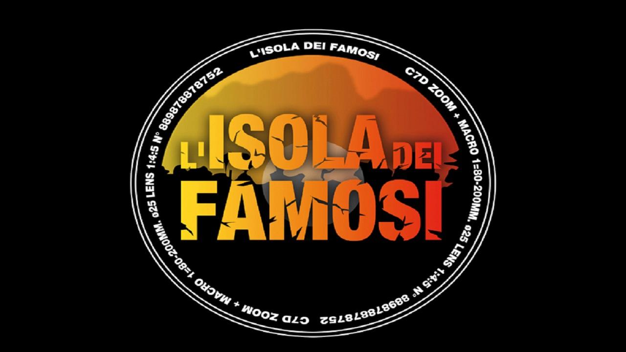 Video: Isola dei Famosi 2018: Chiara Nasti, è addio ufficiale, ecco i motivi