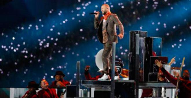 Justin Timberlake en el medio tiempo del Super Bowl