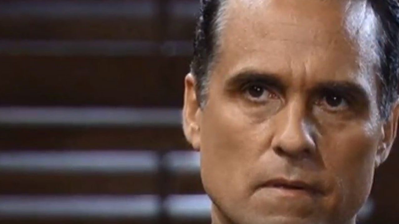 'General Hospital' spoilers suggest there's something wrong with Mike Corbin
