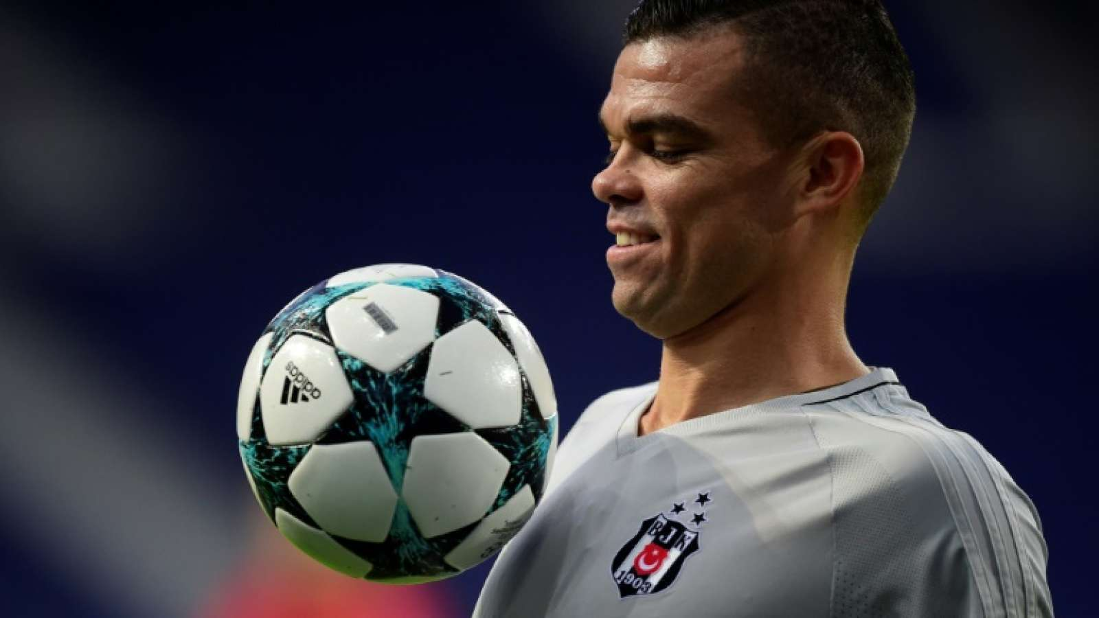 PSG : Unai Emery serait-il intéressé par Pepe ?