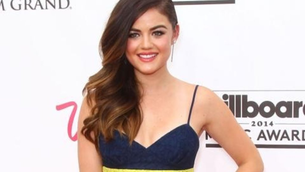 Lucy Hale is dating her 'Life Sentence' co-star Riley Smith