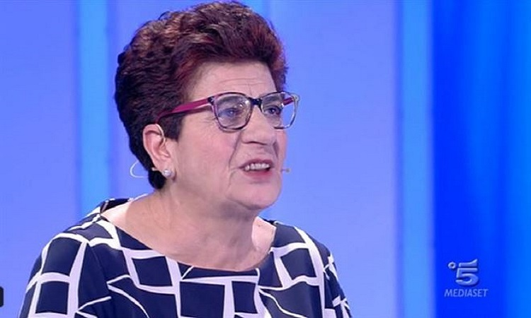 C'è Posta per Te: Francesca cerca 5 suoi ex amanti, ma...