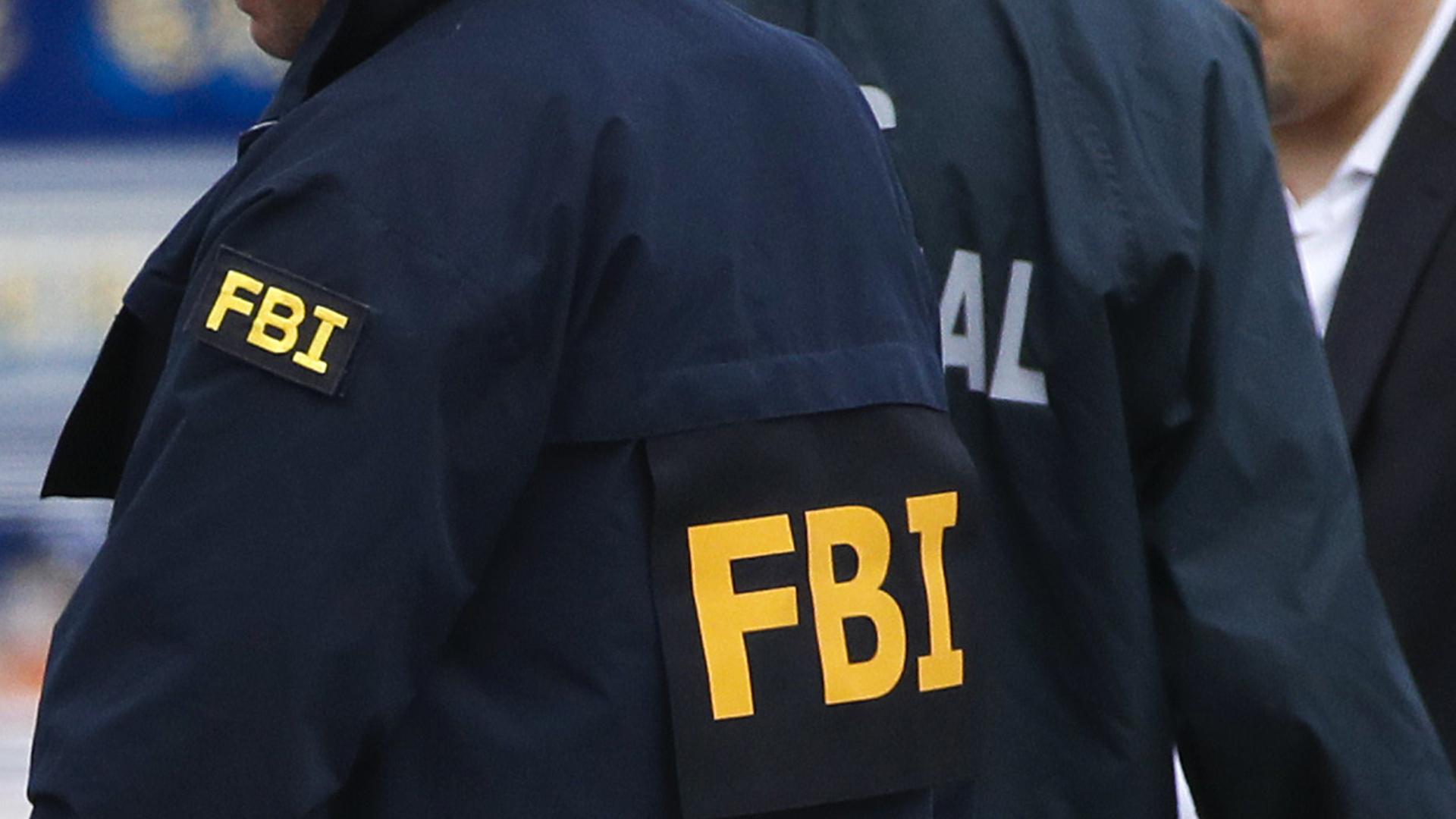 El FBI, bajo escrutinio sobre las investigaciones de Rusia y Clinton