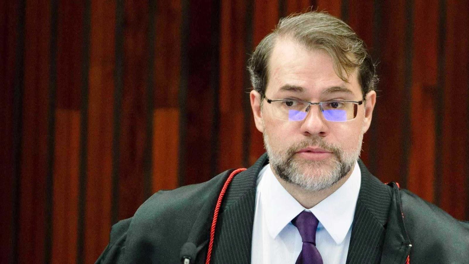 Vídeo: ministro do STF recebe ultimato