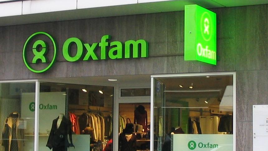 Una ex trabajadora humanitaria de Oxfam hizo fuertes declaraciones