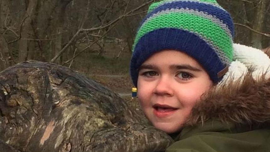 Gobierno 'defendiendo lo indefendible' por la solicitud de Alfie Dingley