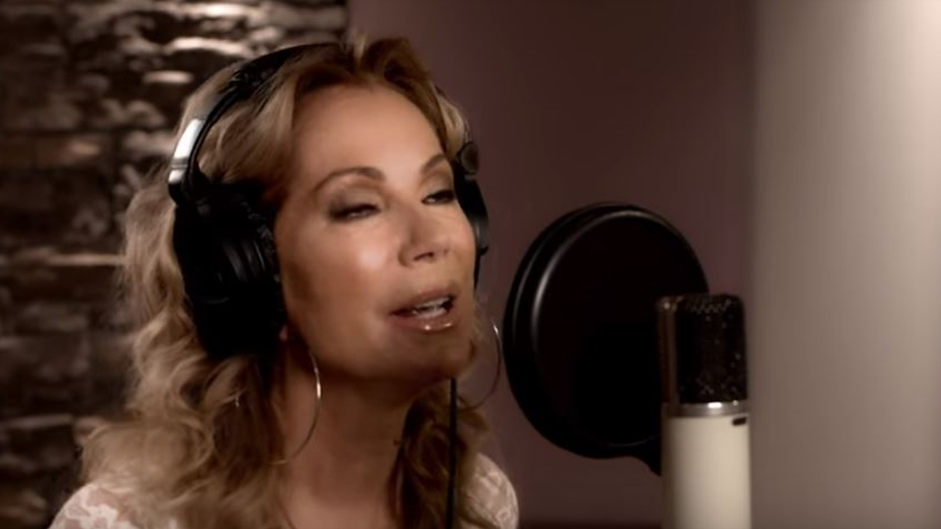 """Kathie Lee Gifford has debuted the music video """"Love Me to Death."""""""