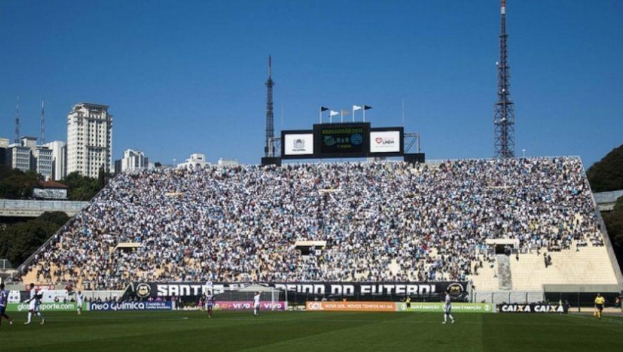 Santos e Corinthians empatam no Pacaembu lotado