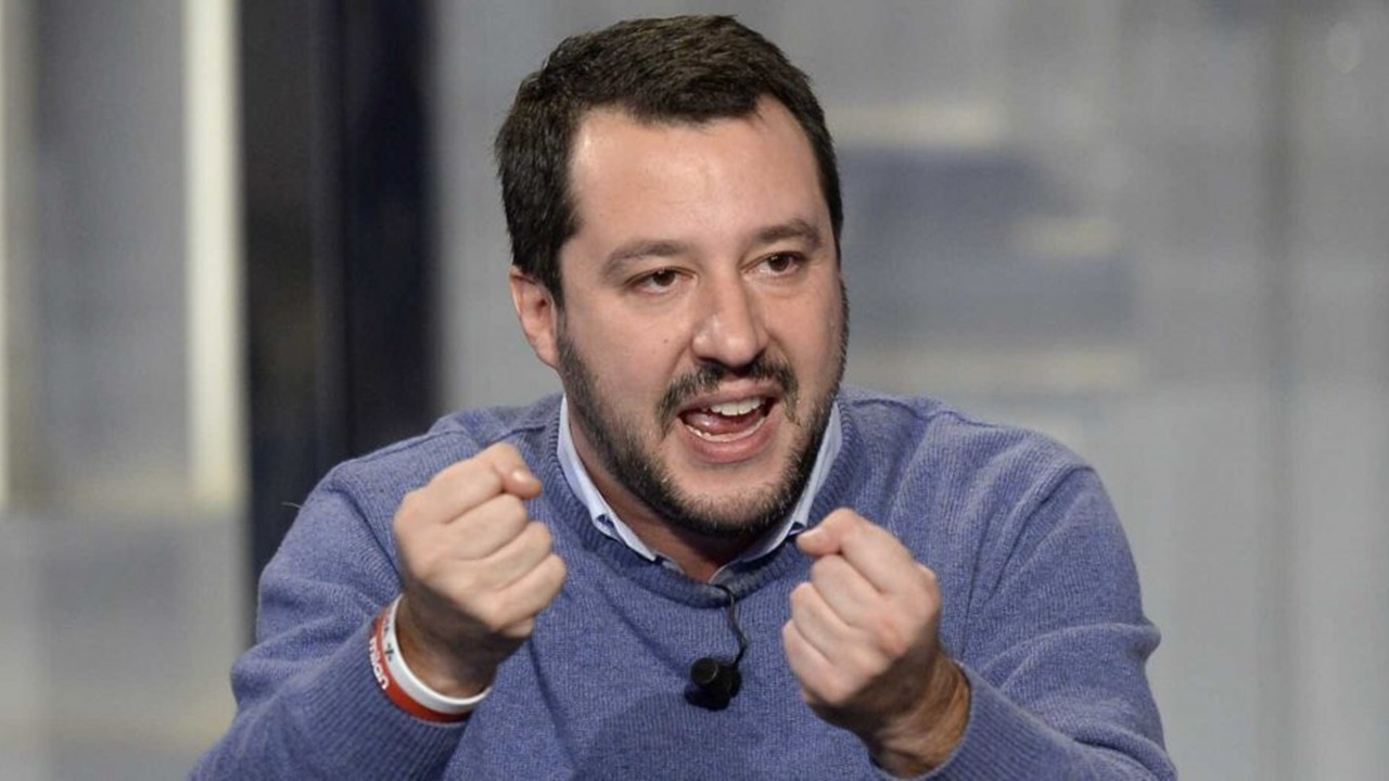 Matteo Salvini: insulti shock dal celebre fotografo Oliviero Toscani