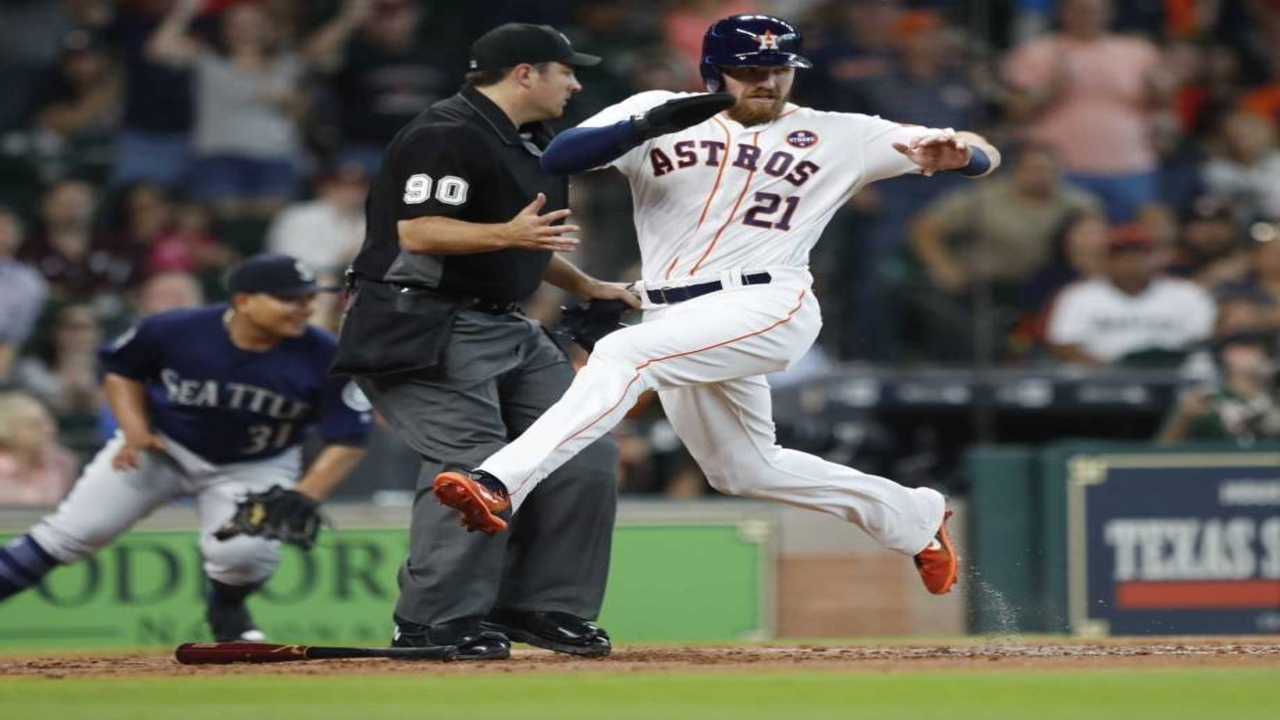 Astros meet with Donald Trump to honor their world series win