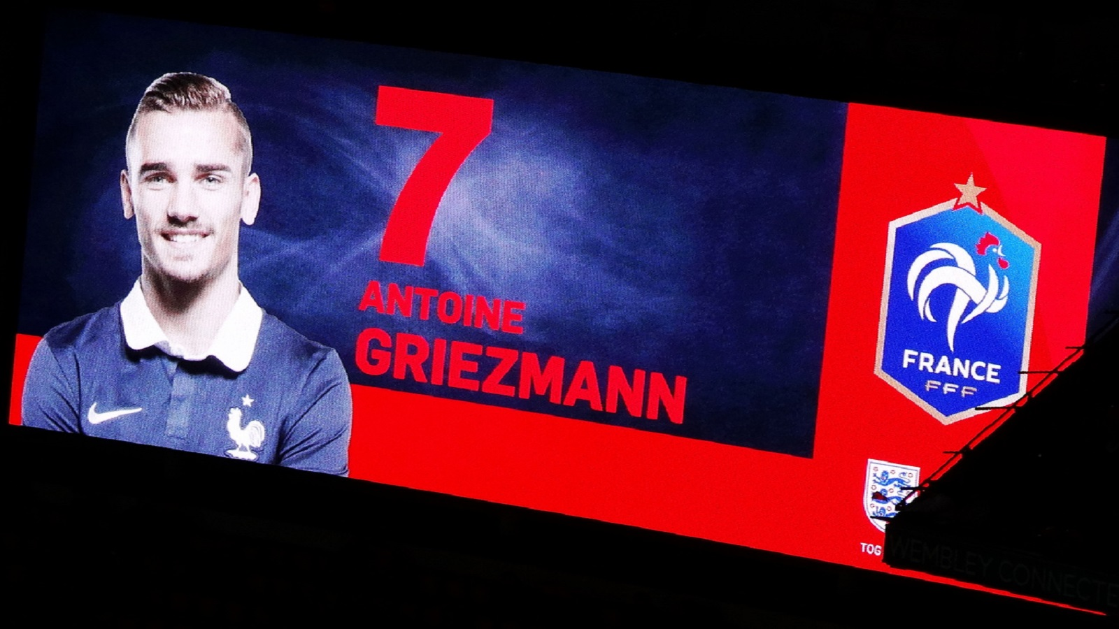 VIDEO: ¡Griezmann con pie y medio en el Barcelona!