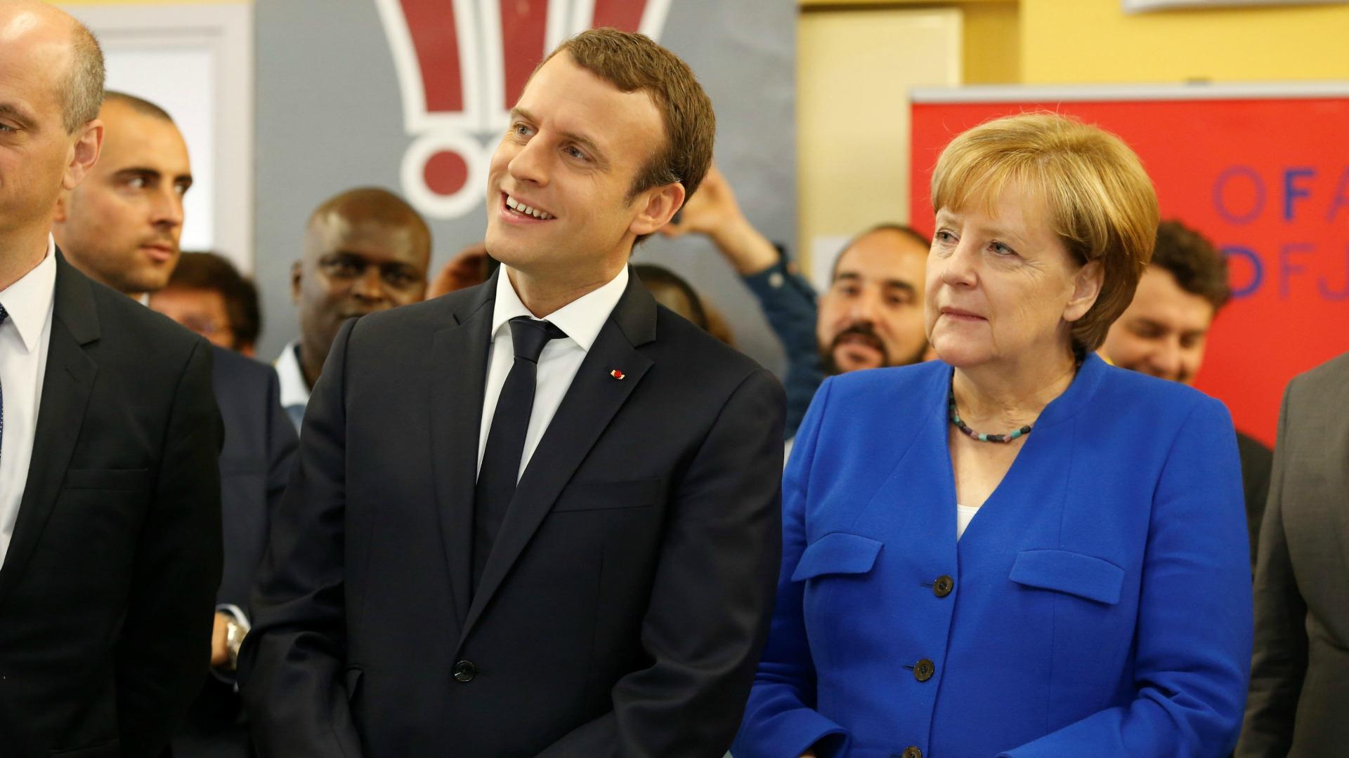 Macron y Merkel comentan sobre las elecciones en Italia
