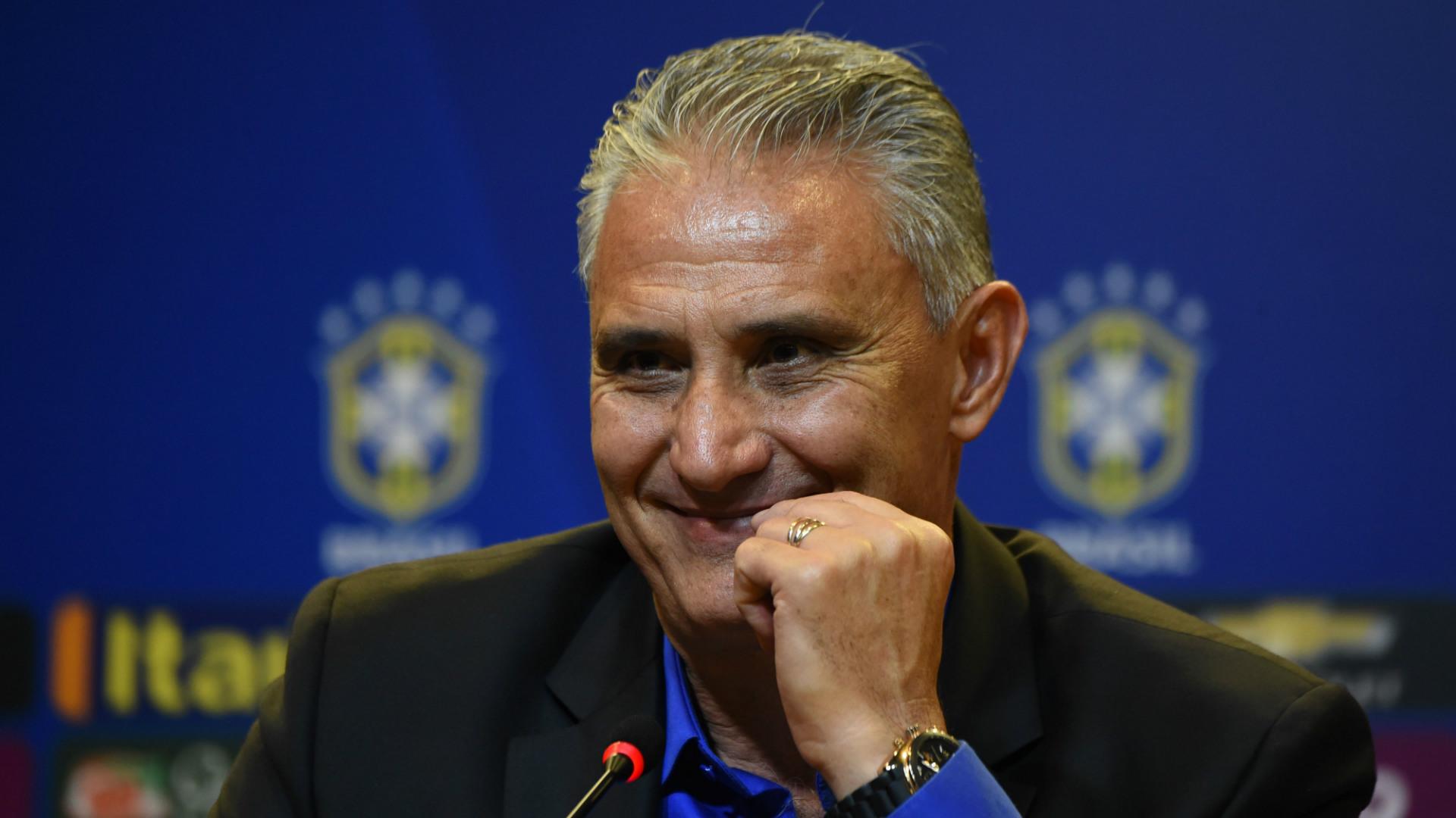 Brasil vence Rússia por 3 a 0 em amistoso