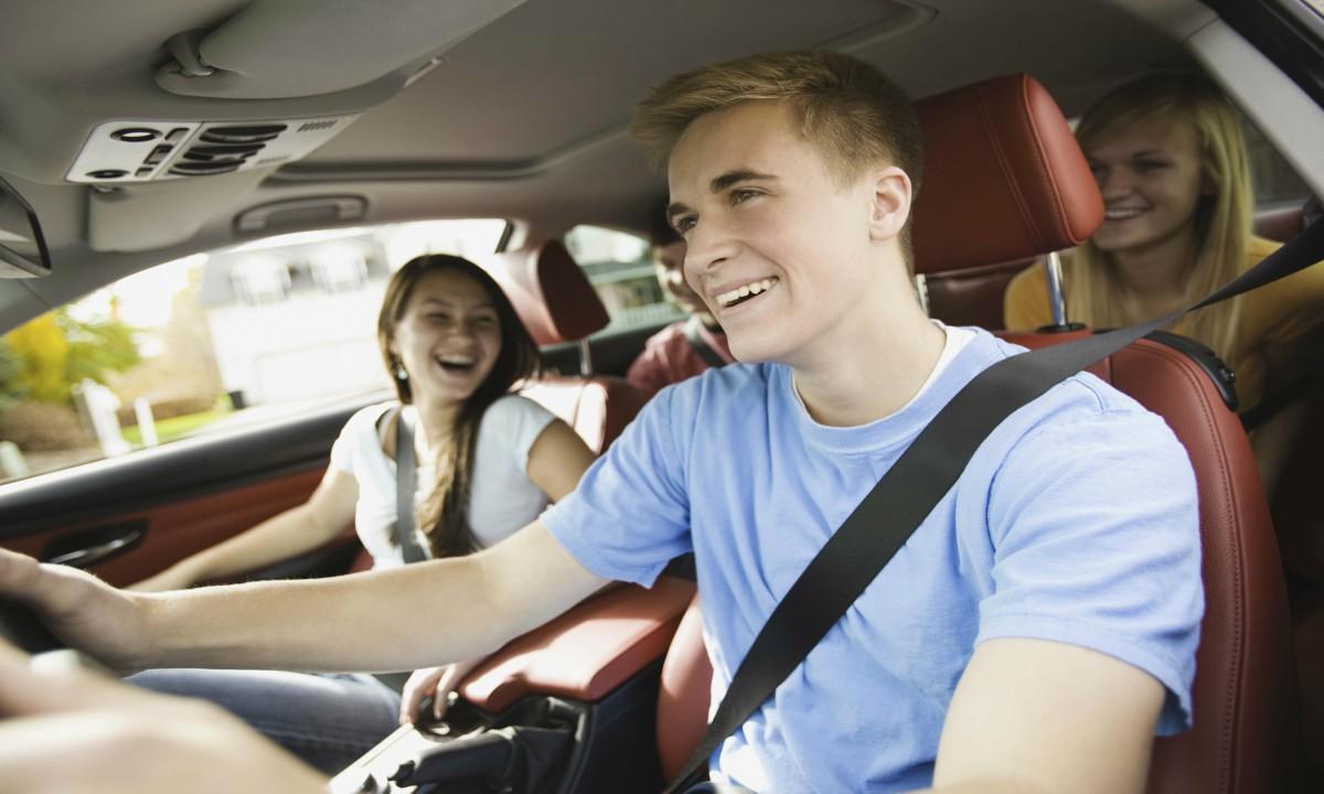¿Sabías qué? Los conductores adolescentes son más propensos a tener accidentes