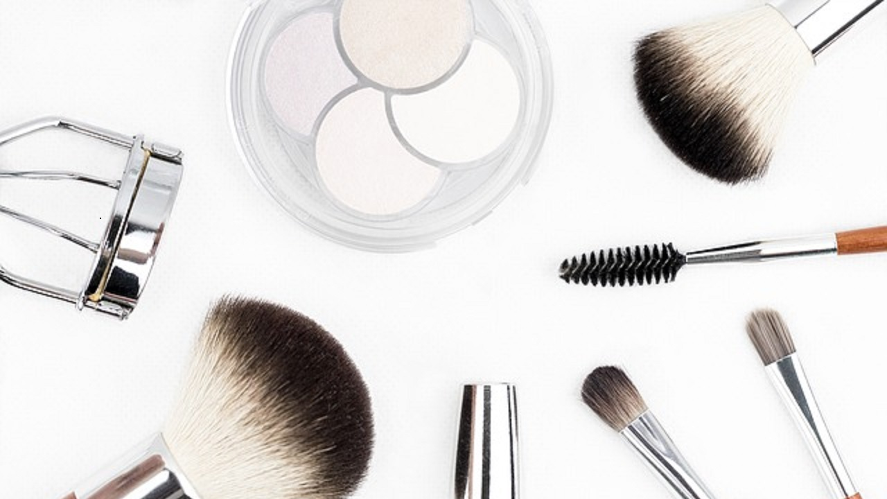 5 High-End Beauty Products And Their Drugstore Dupes