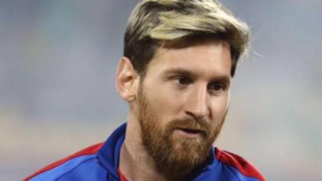 Messi dá bronca nos jogadores após goleada contra a Espanha