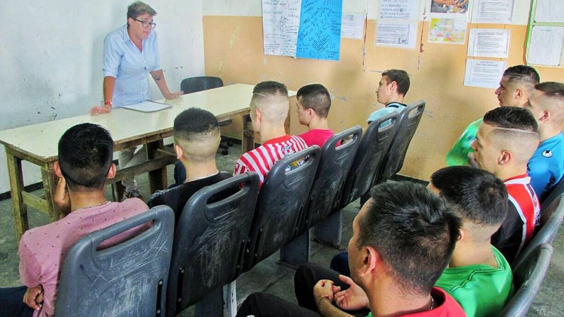 Proyecto de Ley de Alfabetización Bíblica se imparte en escuelas de Kentucjy