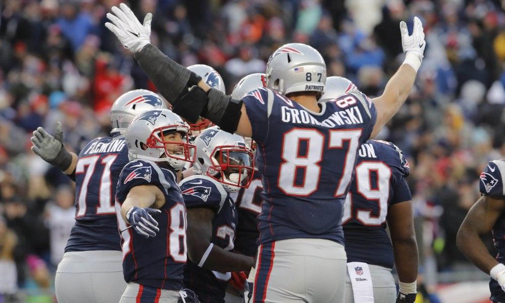 Rob Gronkowski 'pretty certain' he'll return to Patriots