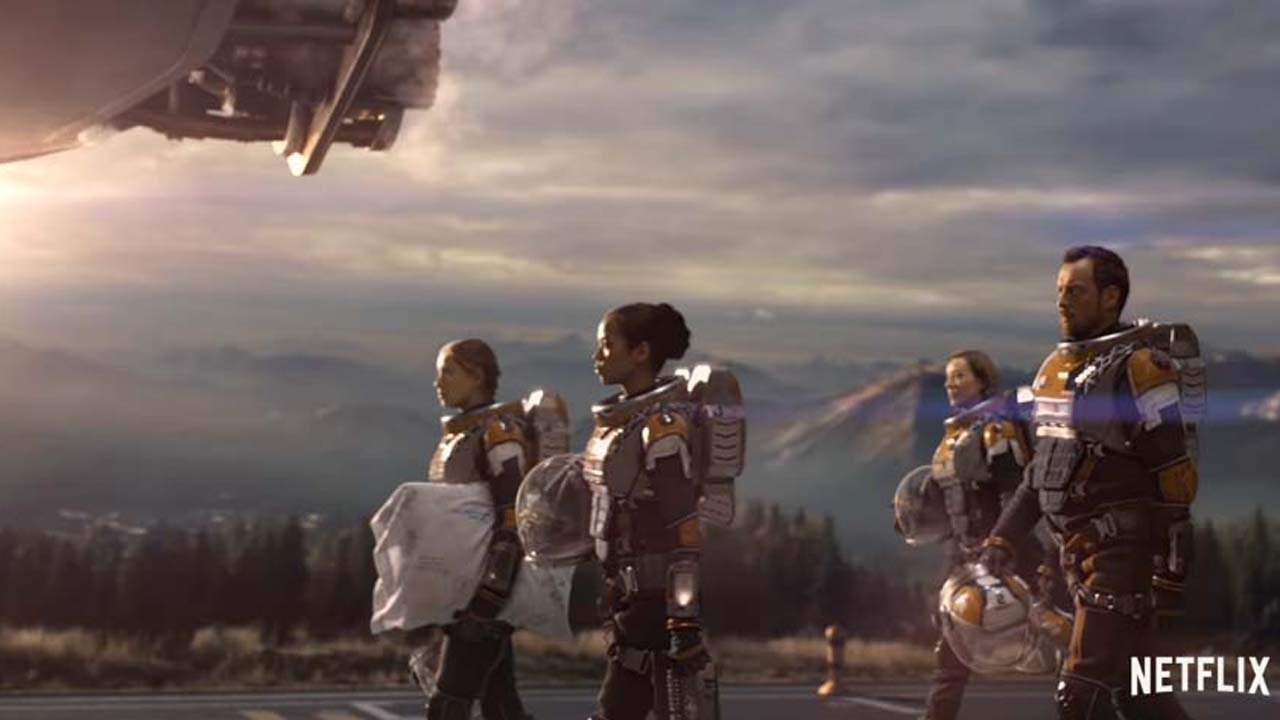 'Lost in Space' reboot coming soon to Netflix and good reviews are in
