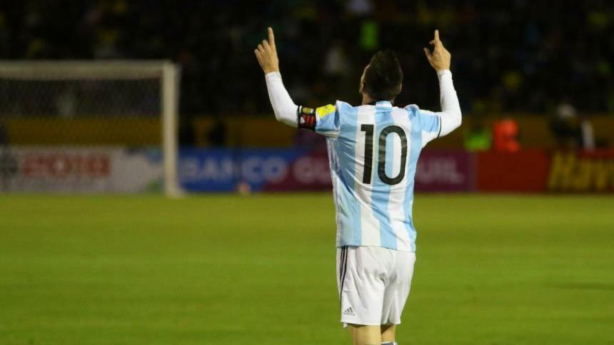 Messi: Sevilla puede traer a Barcelona de regreso a la Tierra, insiste Montella