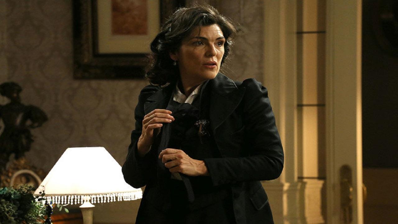 Una Vita trame maggio: Ursula rapita, Consuelo ritorna, Celia parte
