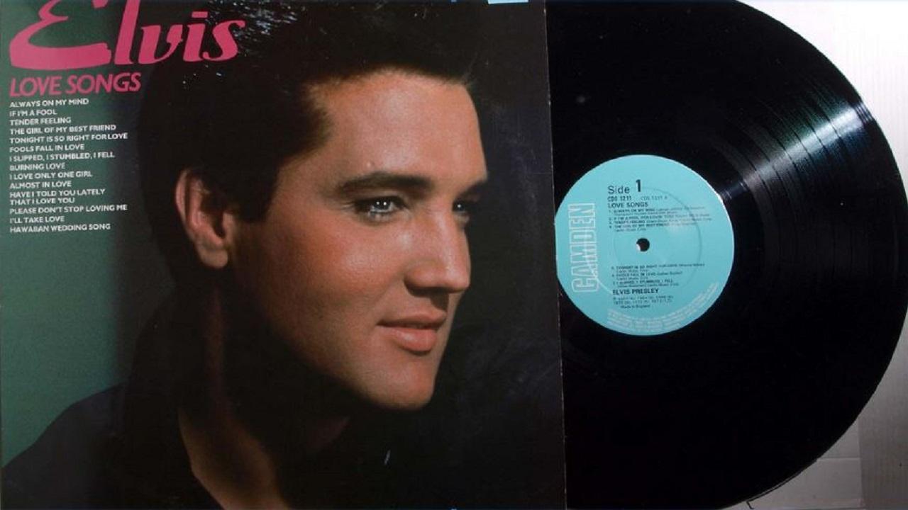 Fan bought Elvis Presley concert poster for $42,500