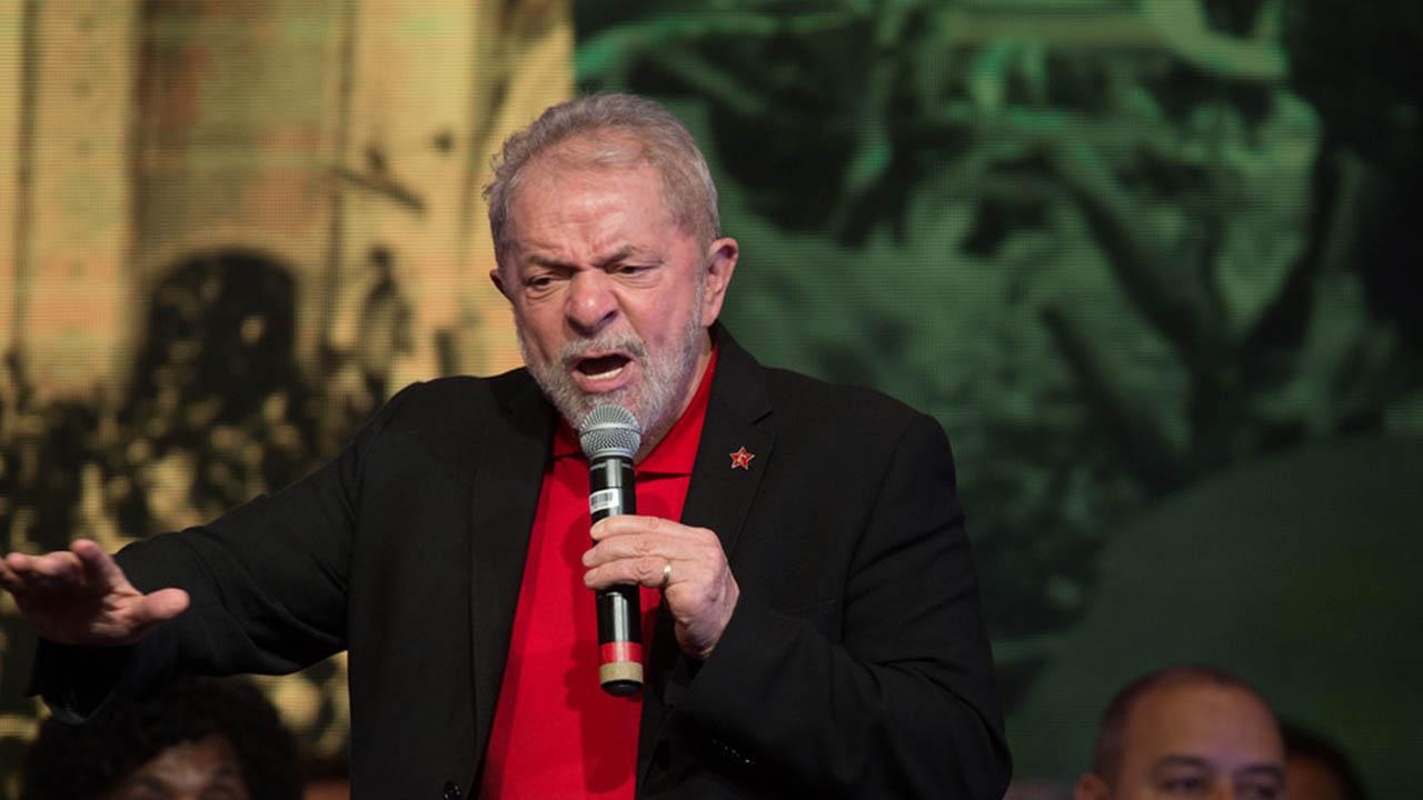 PT cresce na preferência dos brasileiros após prisão de Lula, veja